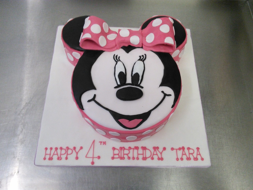 Minnie Mouse Face 4th Birthday Cake