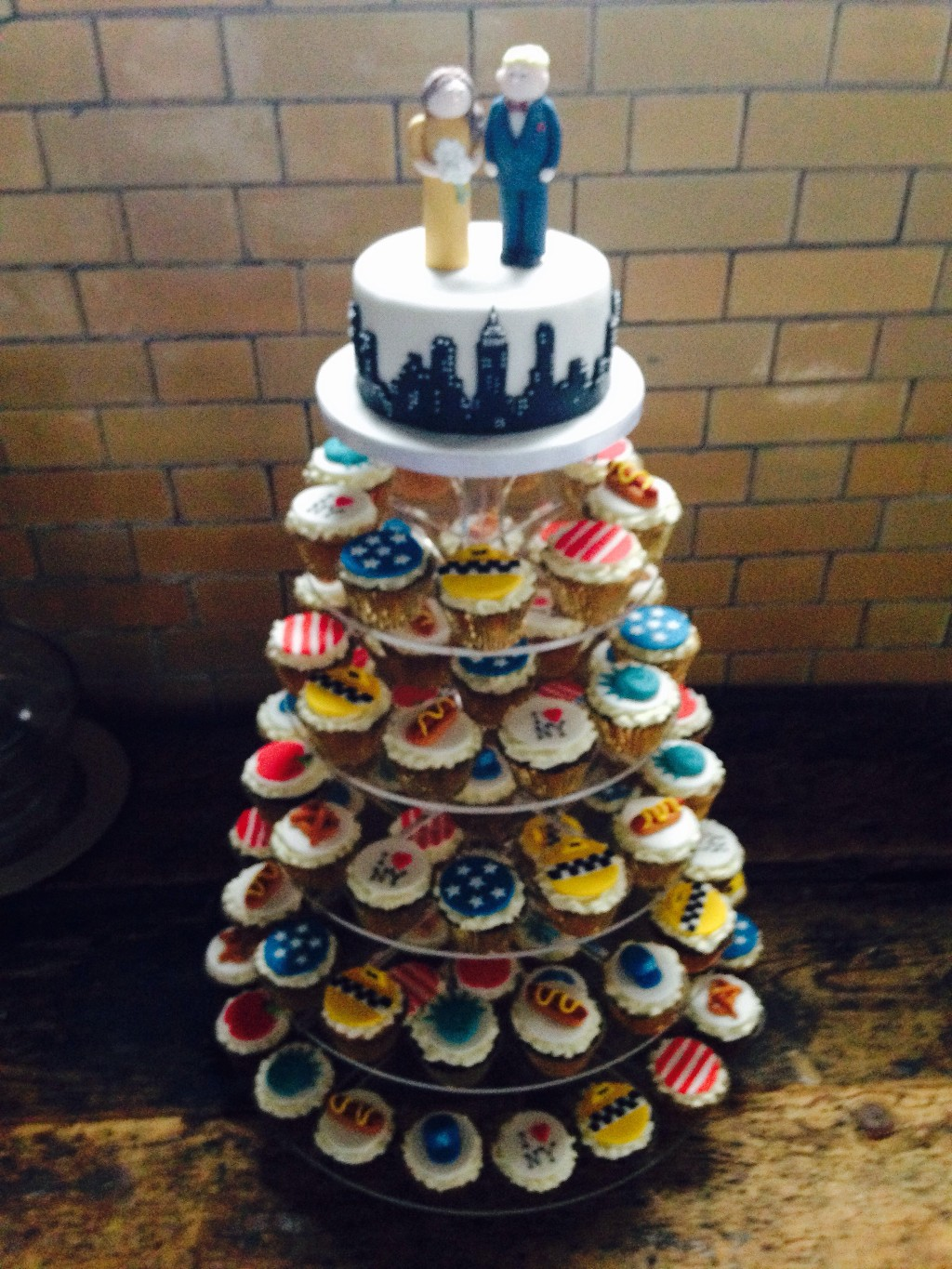 New York Themed Cupcake Wedding Cake