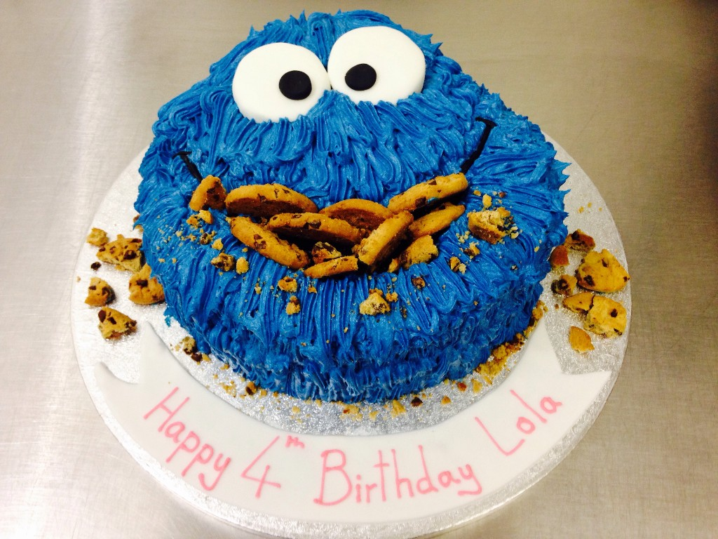 How To Decorate A Cookie Monster Cake