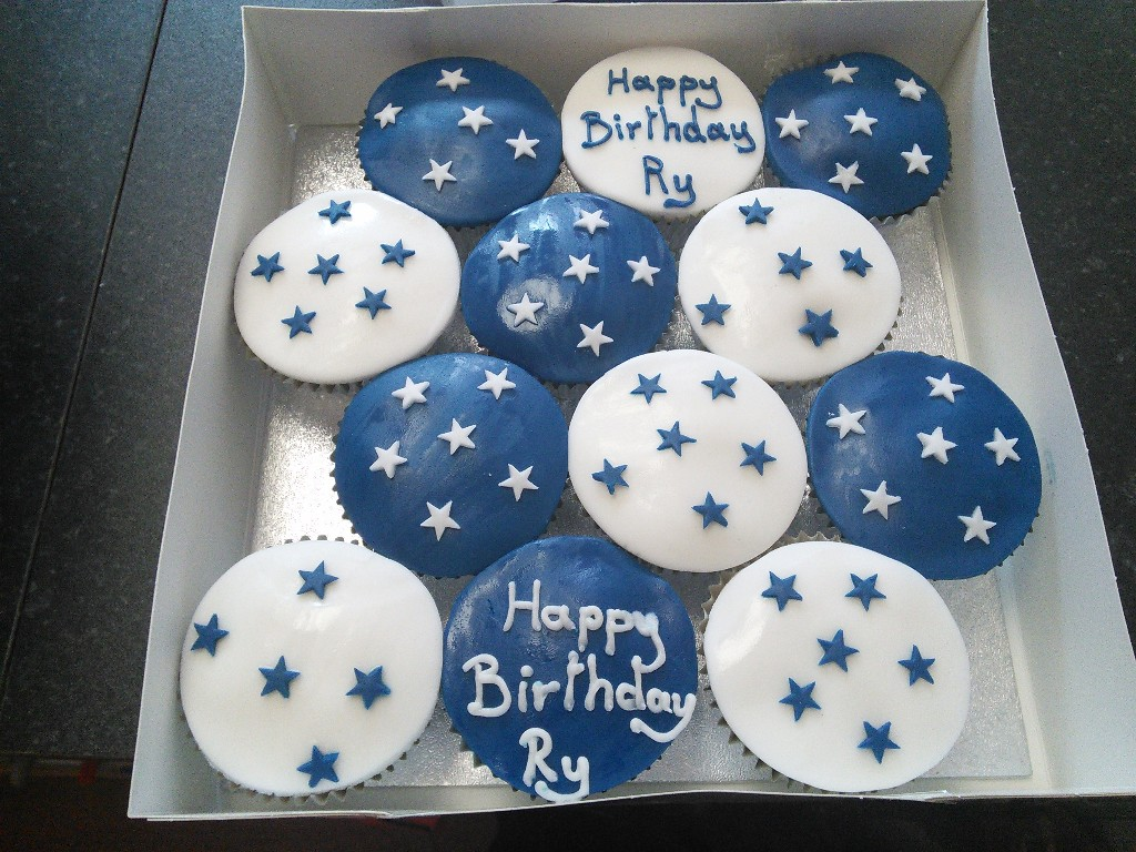 Blue and White Starred Birthday Cup Cakes