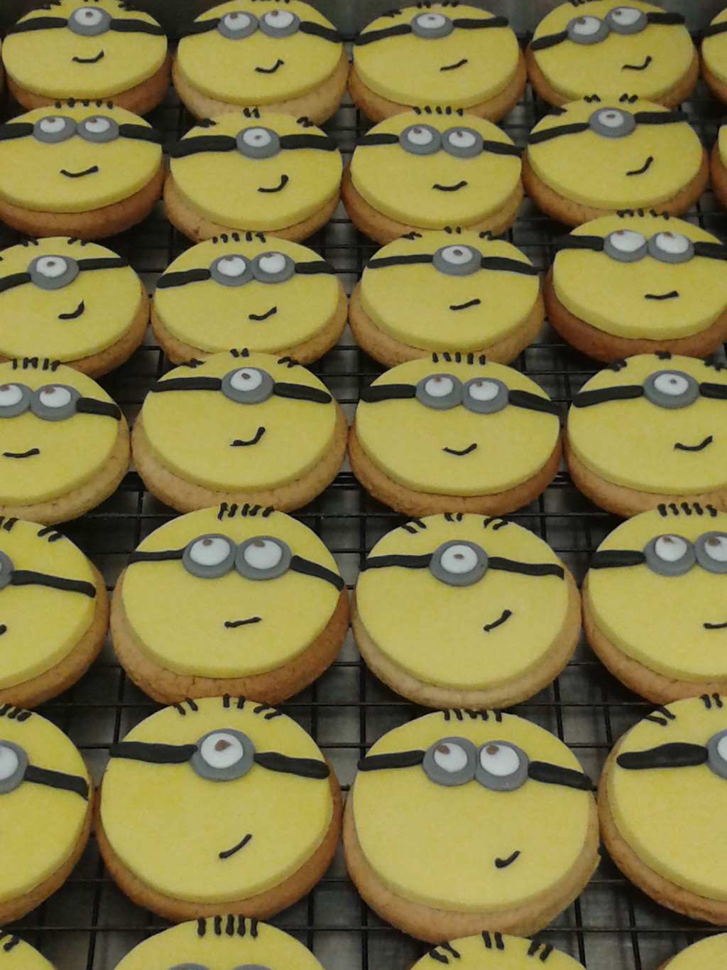Despicable Me Minion Gingerbread Biscuits