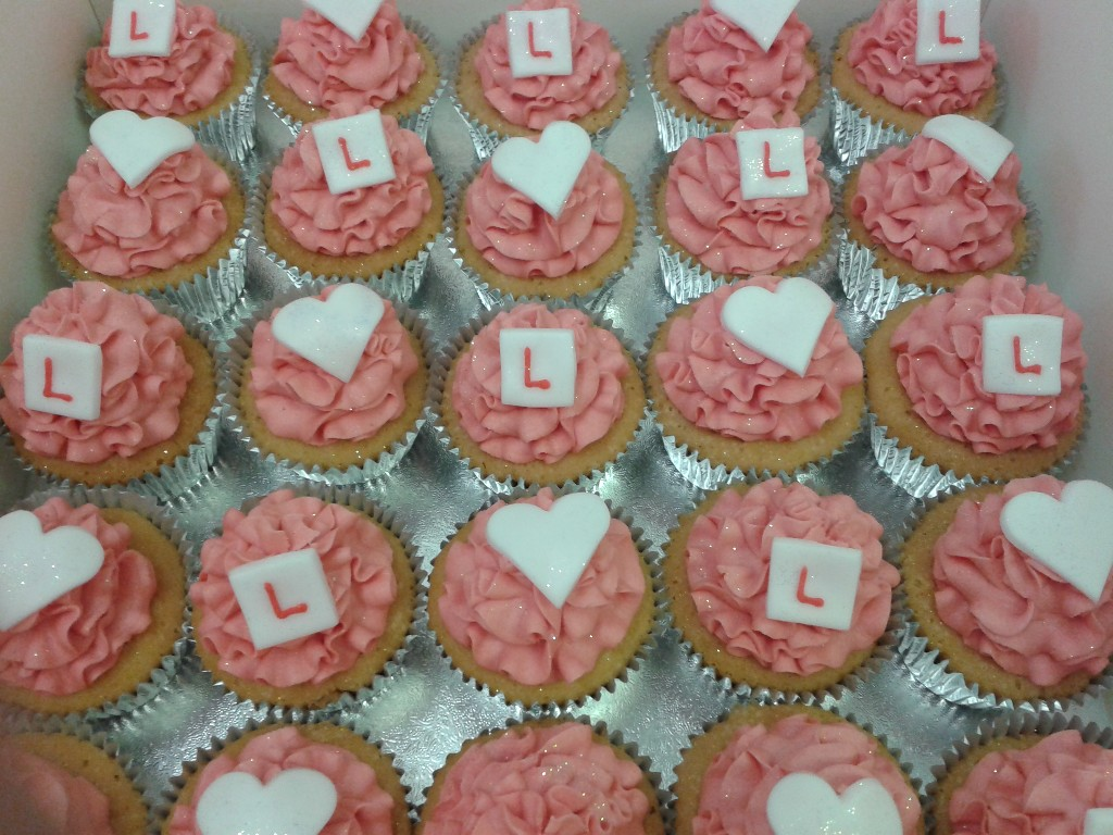 Pink Buttercreamed Hen Party Cup Cakes