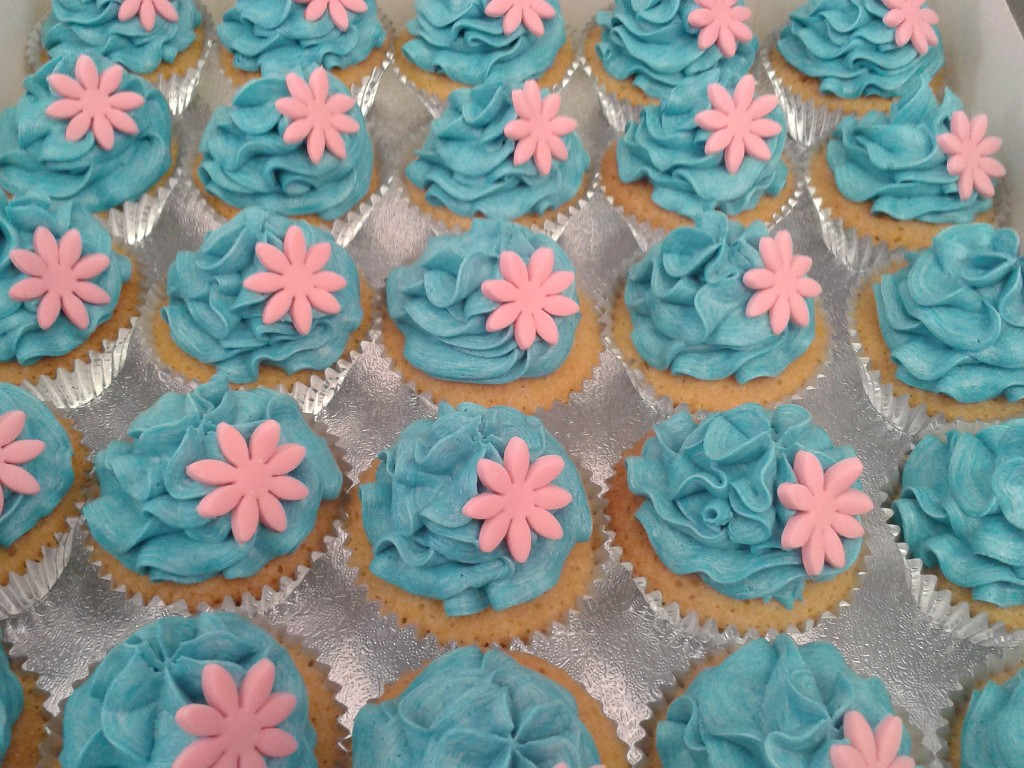Pink Flowers on Blue Buttercream Cup Cakes