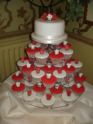 Red and White Wedding Cup Cake Tower with Single Tier Cake