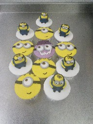 Despicable Me Minion Cup Cakes