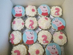 Peppa Pig 2nd Birthday Cup Cakes