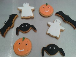 Spooky Halloween Gingerbread Biscuits
