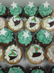 Christmas Buttercreamed Cup Cakes